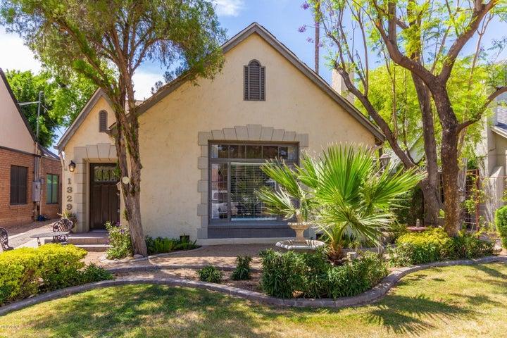 1329 W LYNWOOD Street, Phoenix, AZ 85007