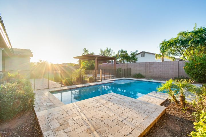 54 W BLUE RIDGE Way, Chandler, AZ 85248