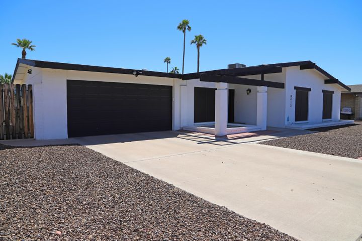 8413 N 46TH Avenue, Glendale, AZ 85302