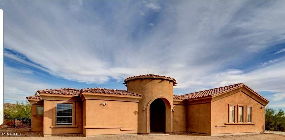 44523 N 14TH Street, New River, AZ 85087