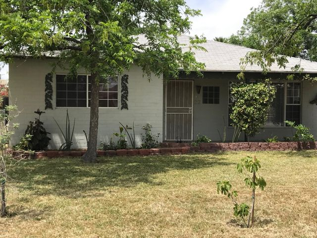 Great quiet neighborhood. Block home with plenty of room for your family.