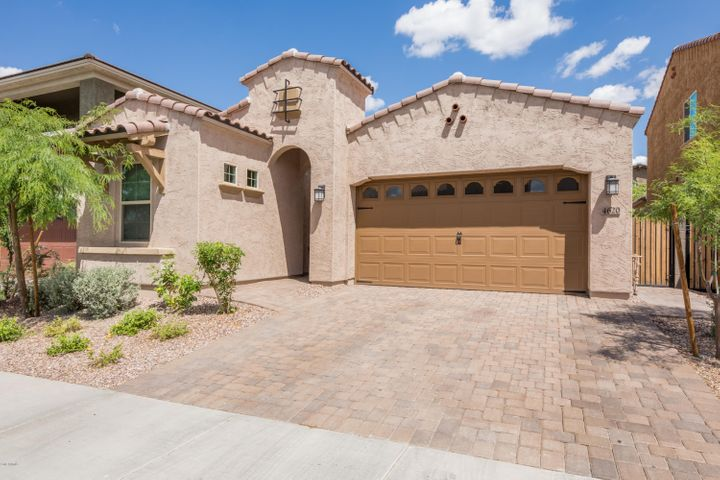 4620 E VISTA BONITA Drive, Phoenix, AZ 85050
