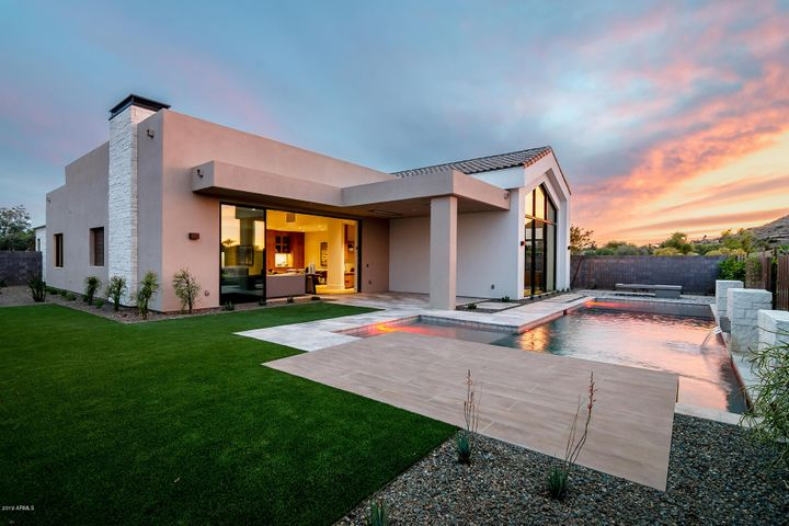6878 E CACTUS WREN Road, Paradise Valley, AZ 85253