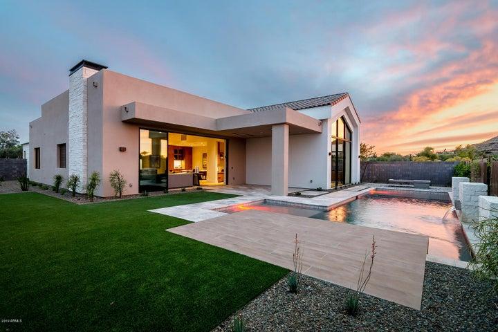 6878 E CACTUS WREN Road, Paradise Valley, AZ 85253