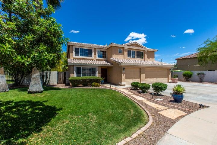 2626 E PINTO Drive, Gilbert, AZ 85296