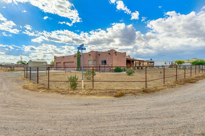 47206 N 10TH Avenue, New River, AZ 85087
