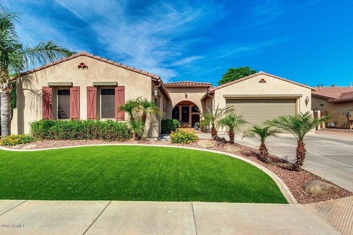 3390 S HOLGUIN Way, Chandler, AZ 85248