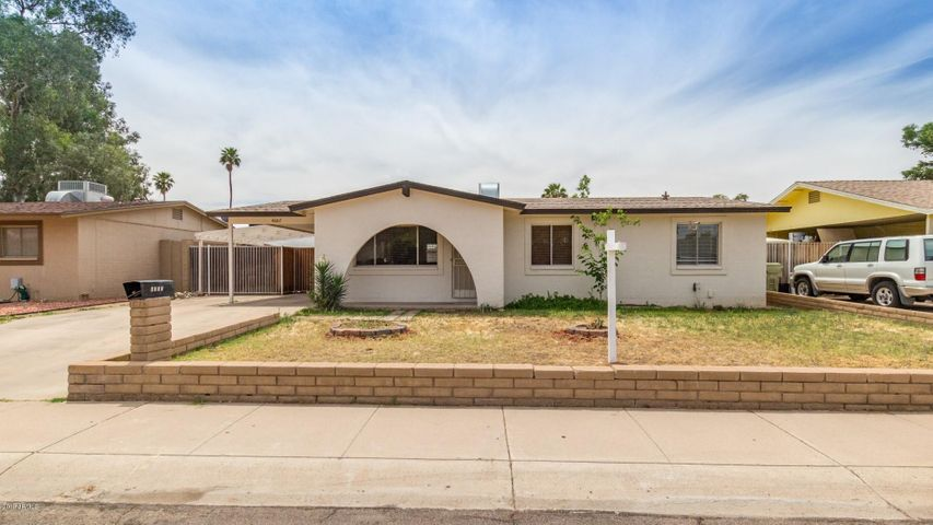 4607 W MISSION Lane, Glendale, AZ 85302