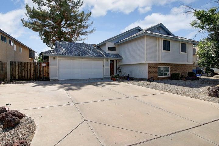 1106 N PALM Street, Gilbert, AZ 85234