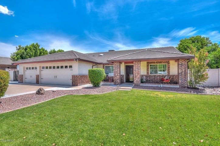 8311 W Foothill Drive, Peoria, AZ 85383
