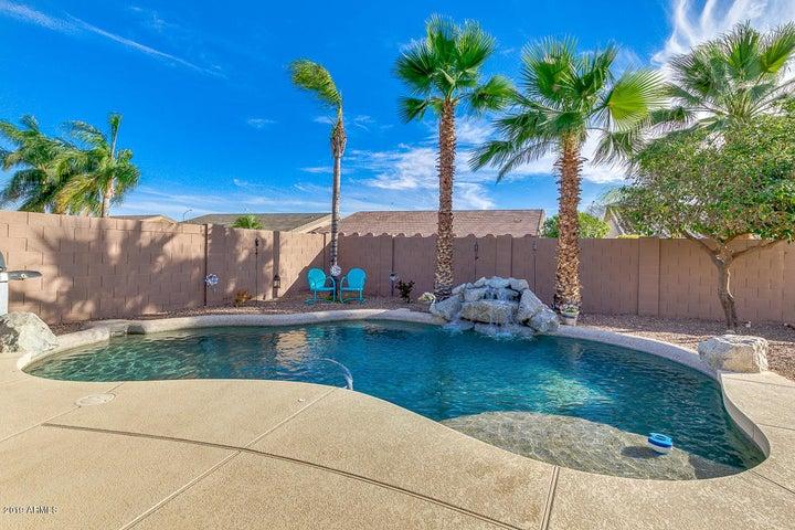 10635 E CARMEL Avenue, Mesa, AZ 85208