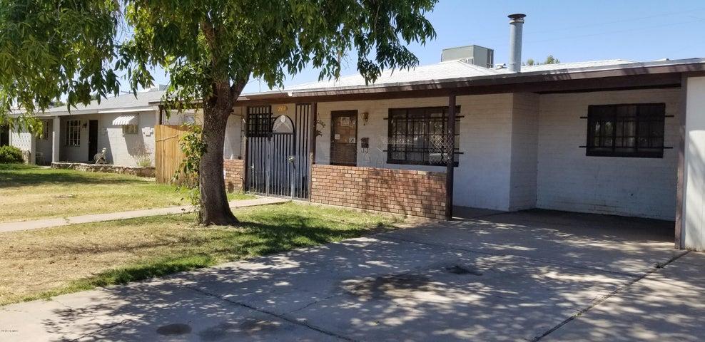 2934 W GRISWOLD Road, Phoenix, AZ 85051