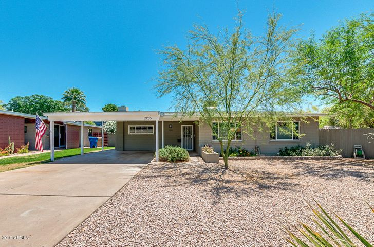 Welcome to 1325 East Catalina Drive!