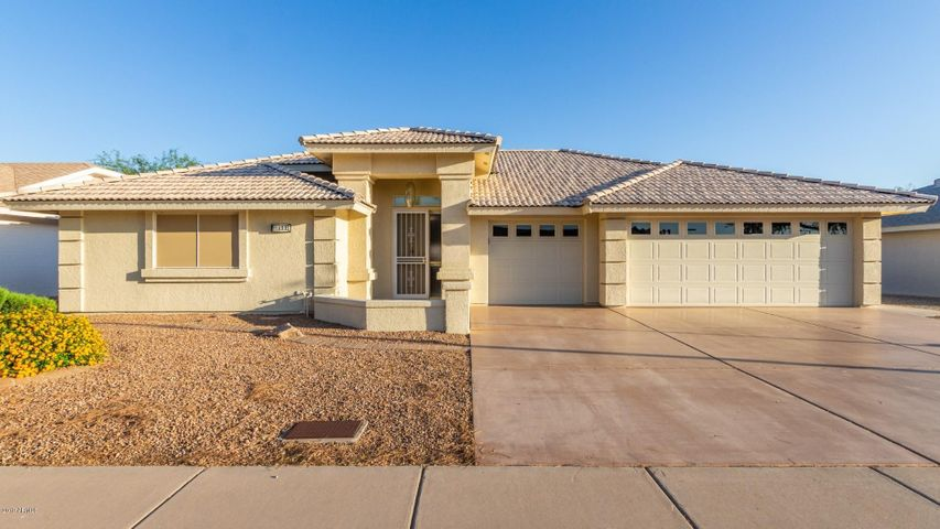 Come see the most popular model in Sunland Springs Village with 3 car garage!