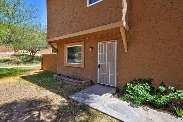 10217 N 8TH Street, B, Phoenix, AZ 85020