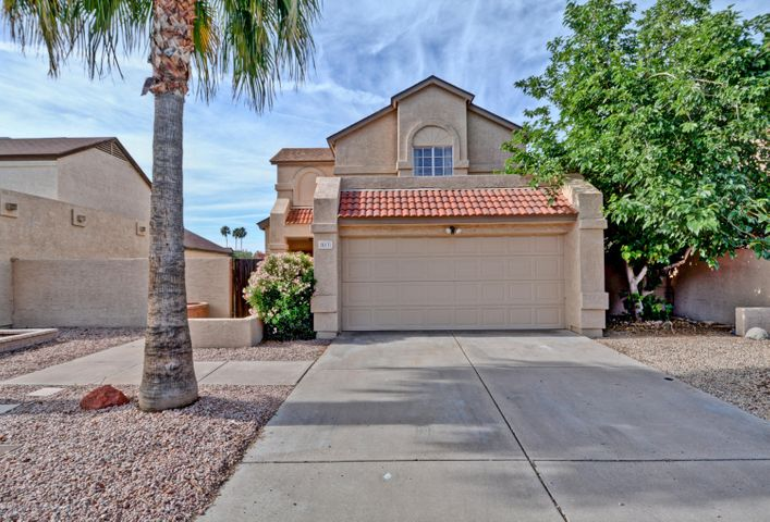 2 car garage and easy care desert landscaping