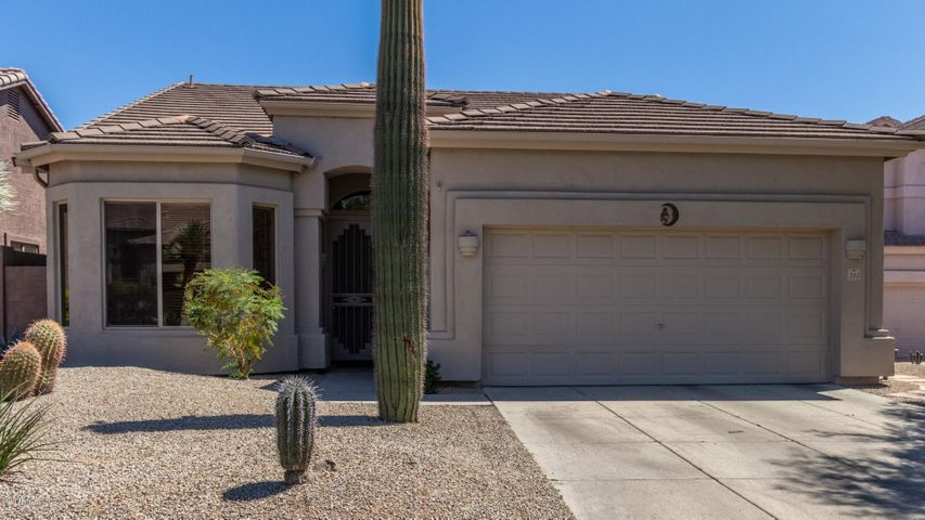 3055 N RED MOUNTAIN, 215, Mesa, AZ 85207