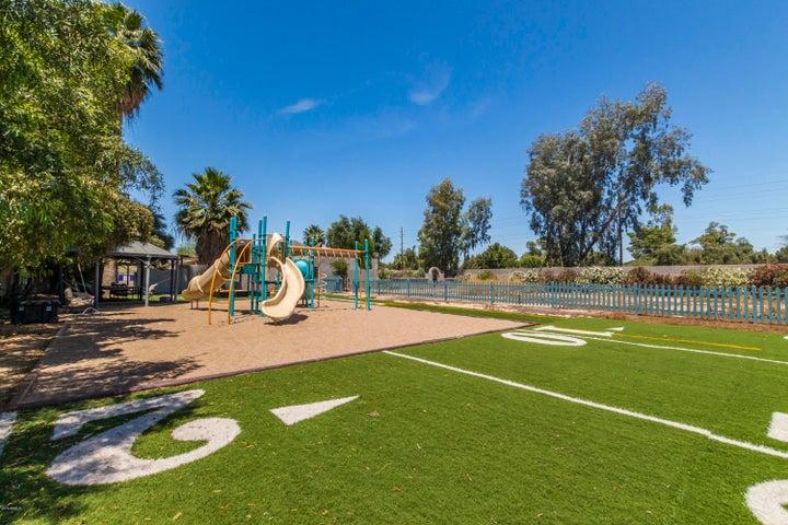 10441 N 57TH Street, Paradise Valley, AZ 85253