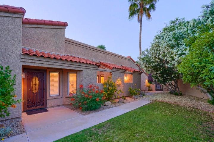 9710 N 80th Place, Scottsdale, AZ 85258