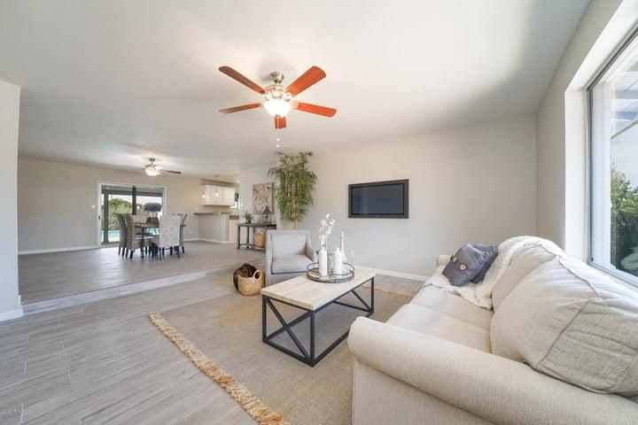 4129 W BERYL Avenue, Phoenix, AZ 85051