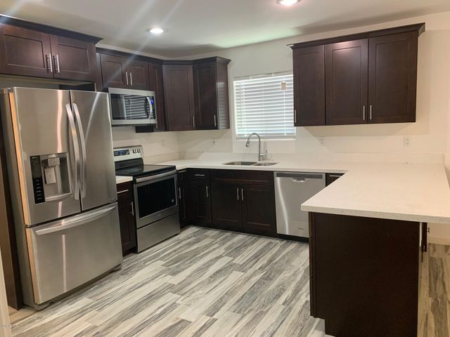 4223 S 13TH Street, Phoenix, AZ 85040