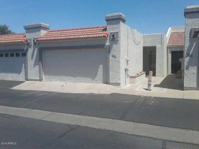 4734 W SANNA Street, Glendale, AZ 85302