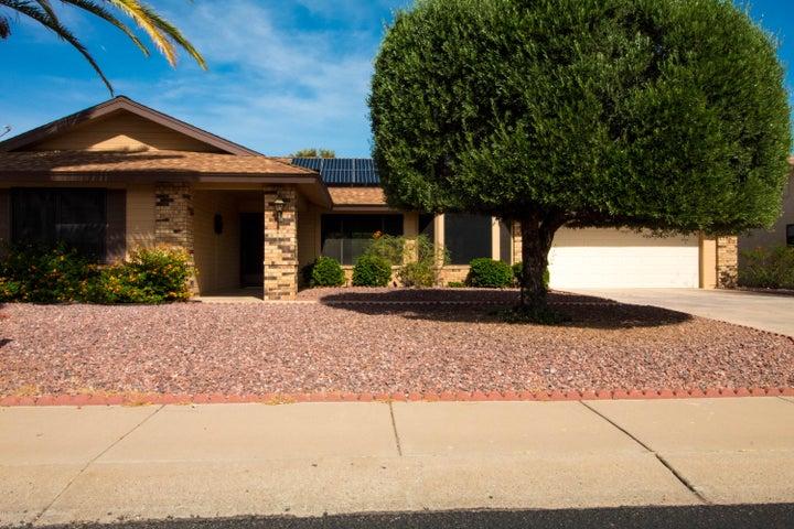 18211 N 137TH Drive, Sun City West, AZ 85375
