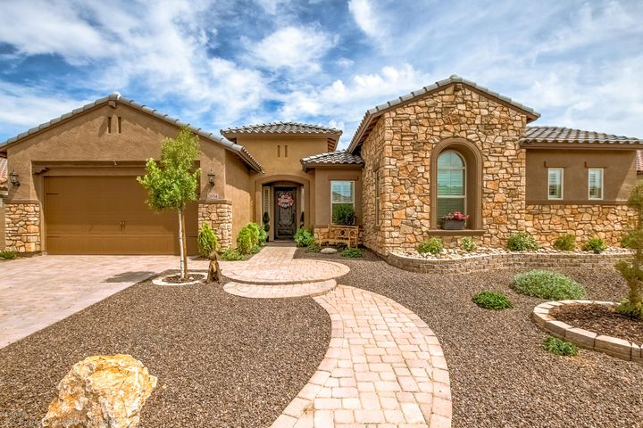 2854 E Blackhawk Court, Gilbert, AZ 85298