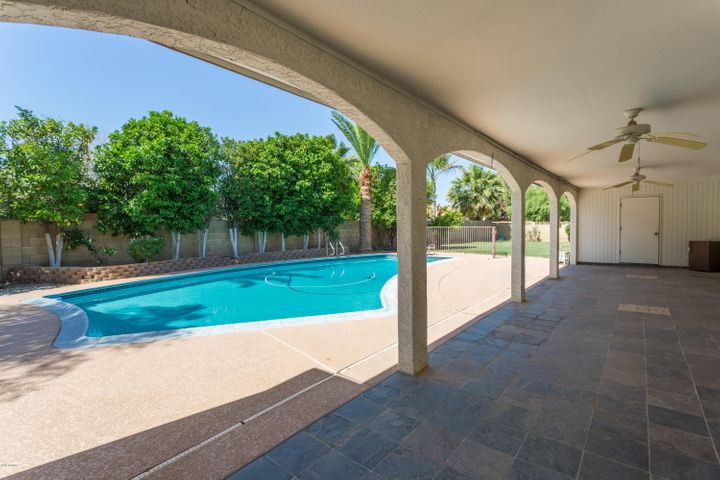 145 E ESTERO Lane, Litchfield Park, AZ 85340