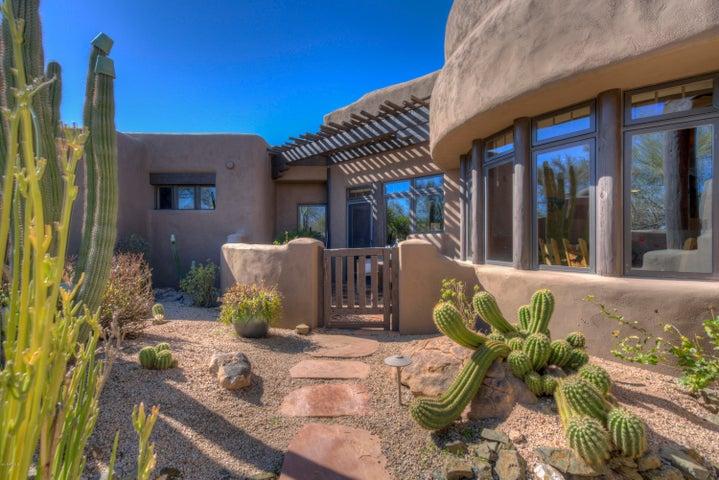 35056 N INDIAN CAMP Trail, Scottsdale, AZ 85266