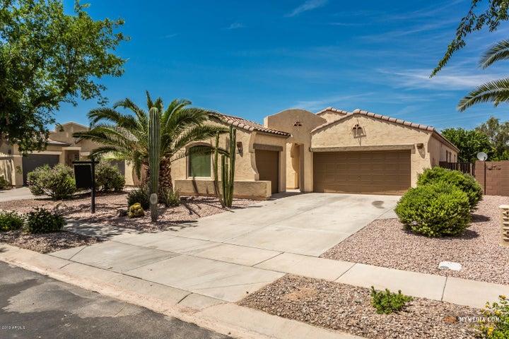 682 E LAS COLINAS Place, Chandler, AZ 85249