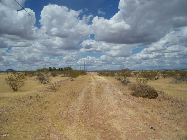 30579 W Redbird Road, 158, Unincorporated County, AZ 85361