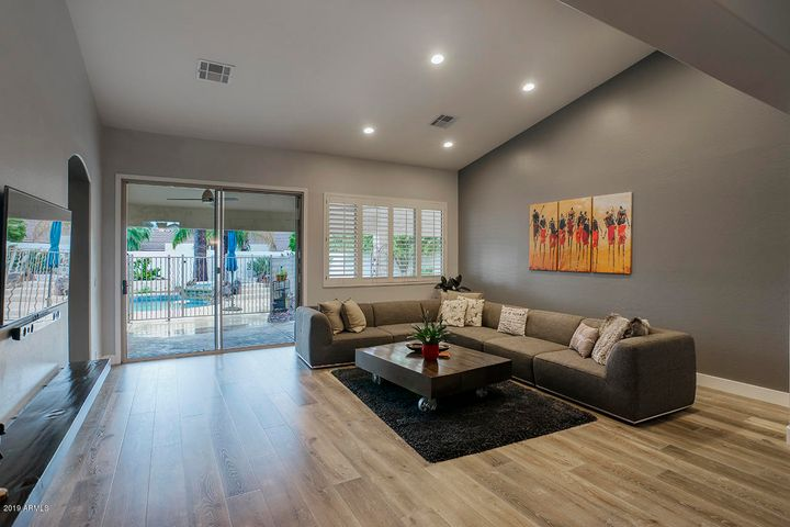 5217 E JUNIPER Avenue, Scottsdale, AZ 85254