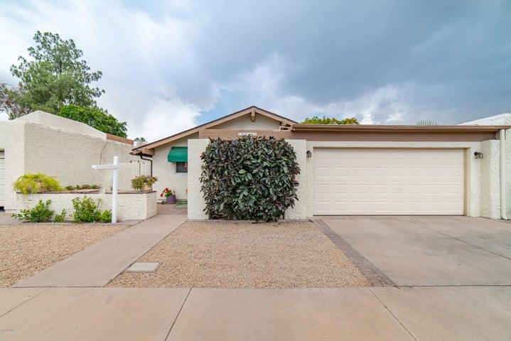 2934 W ALTADENA Avenue, Phoenix, AZ 85029