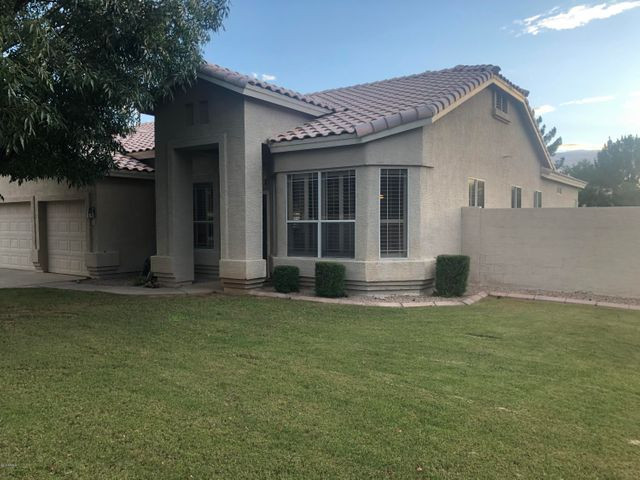 52 S DEBRA Drive, Gilbert, AZ 85296