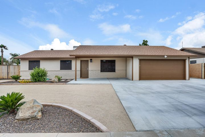 11002 N 40 Drive, Phoenix, AZ 85029