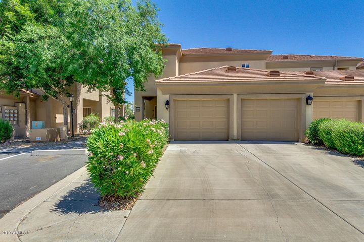 7401 W ARROWHEAD CLUBHOUSE Drive, 2084, Glendale, AZ 85308