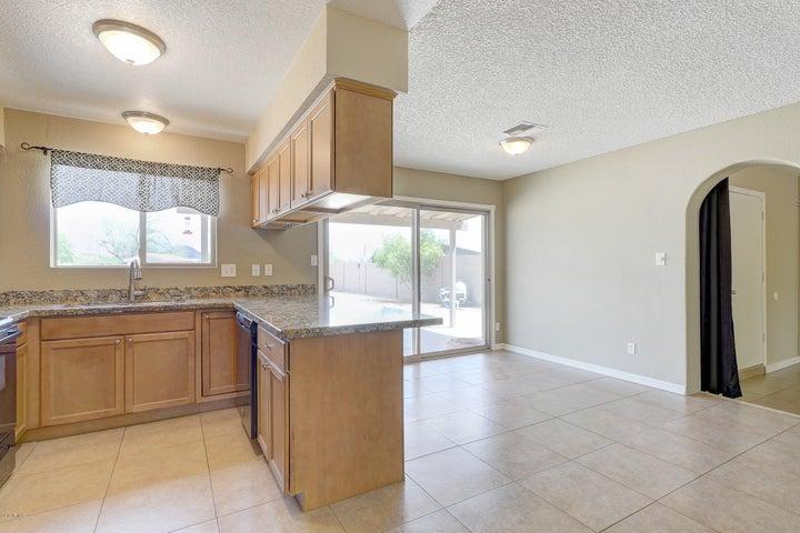 17229 N 8TH Avenue, Phoenix, AZ 85023