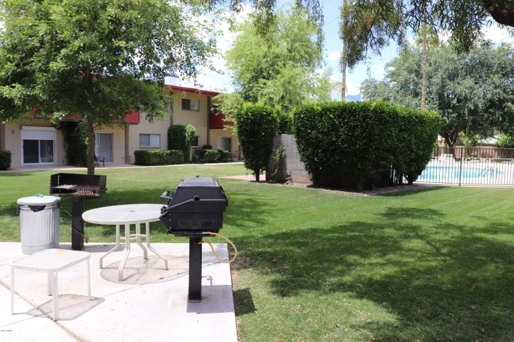 Convenient, lower level unit near pool and BBQ pit