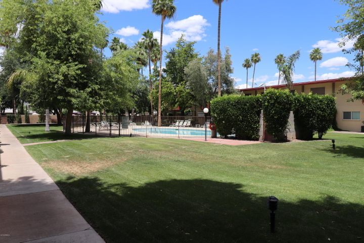 Corner unit near pool
