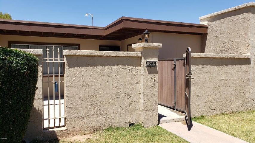 5962 W AUGUSTA Avenue, Glendale, AZ 85301