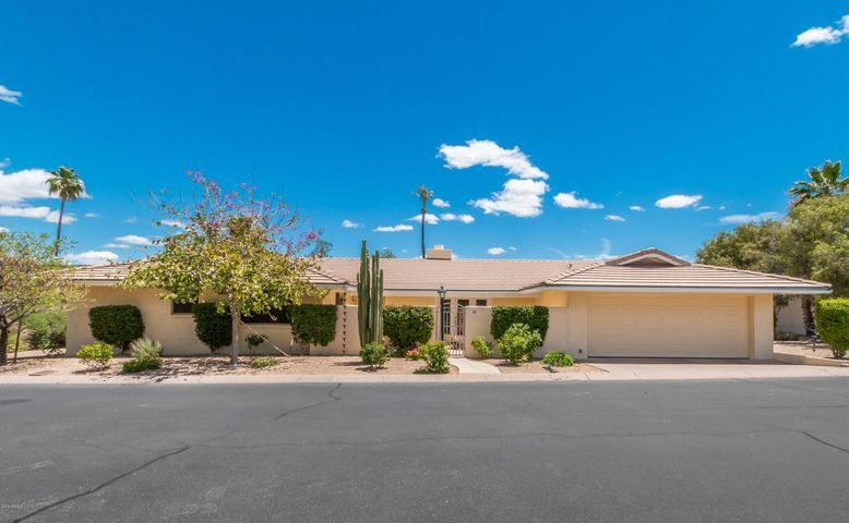 5635 E LINCOLN Drive, 13, Paradise Valley, AZ 85253