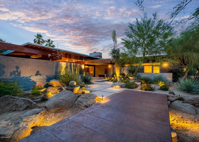 8210 N 53RD Street, Paradise Valley, AZ 85253