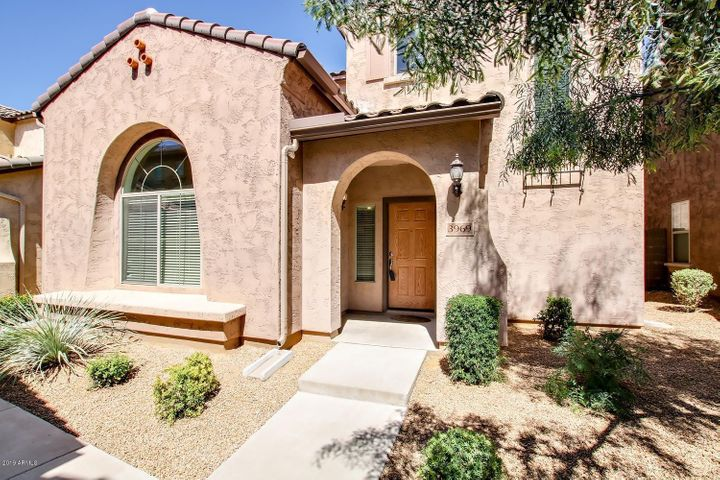 3969 E CAT BALUE Drive, Phoenix, AZ 85050