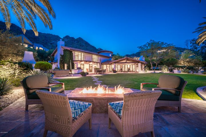 7348 N RED LEDGE Drive, Paradise Valley, AZ 85253