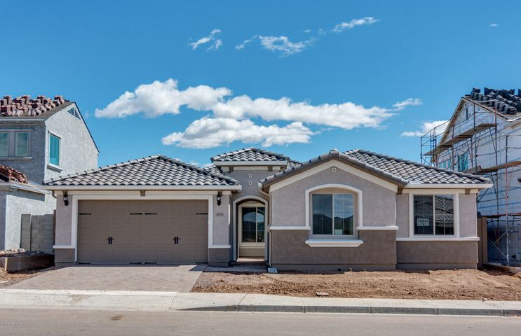 44529 N SONORAN ARROYO Lane, New River, AZ 85087