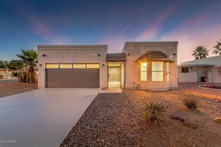 25626 S Kansas Avenue, Sun Lakes, AZ 85248