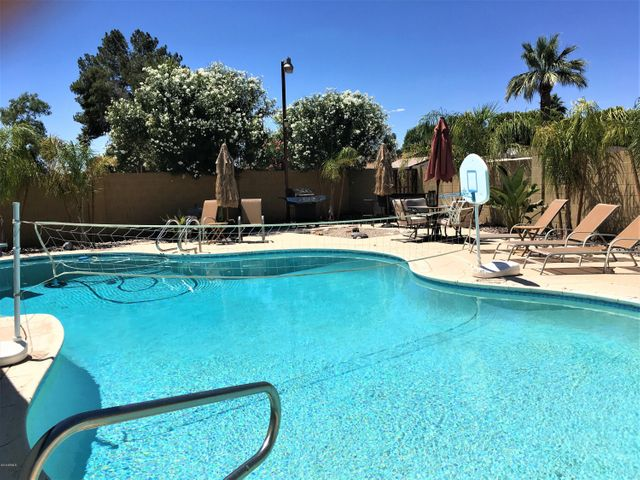 2136 E CARSON Drive, Tempe, AZ 85282