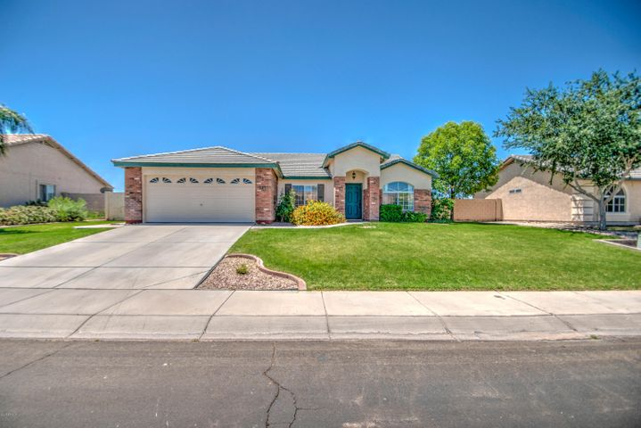 3761 E THORNTON Avenue, Gilbert, AZ 85297