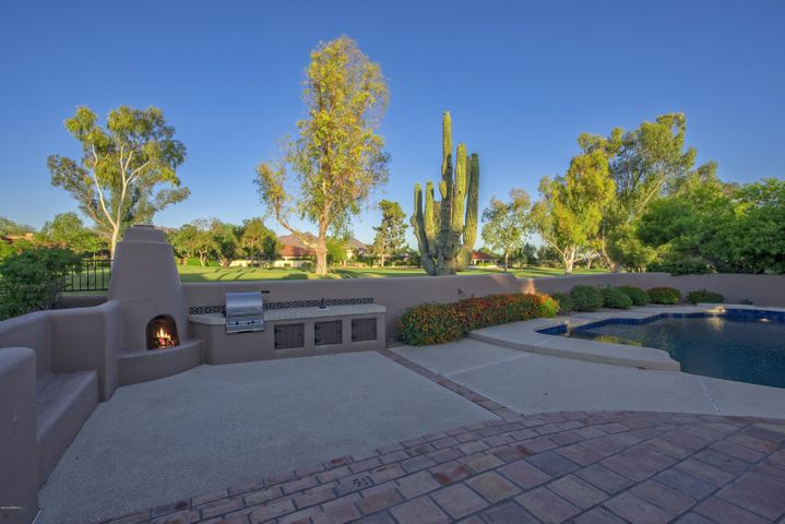 8229 E FOOTHILL Circle, Scottsdale, AZ 85255